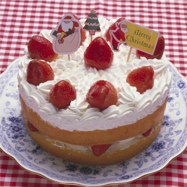 クリスマスデコレーションケーキにはホイップクリーム