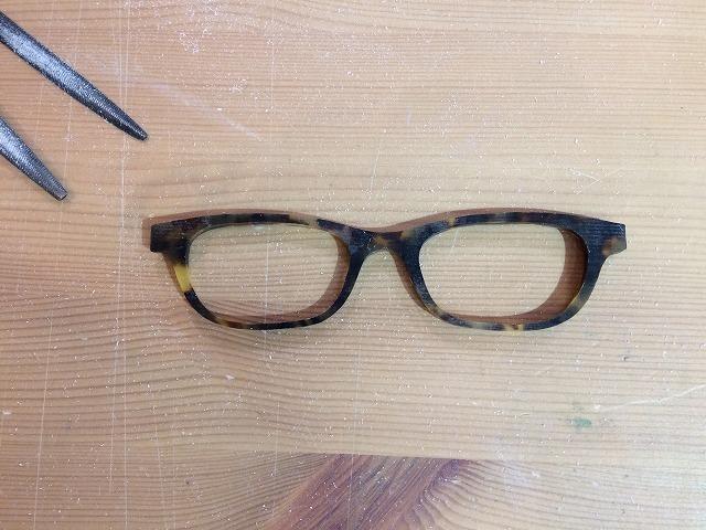頑張ってメガネを自作