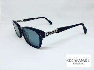 KIOYAMATOシルバー細工の黒ぶち度付きサングラス