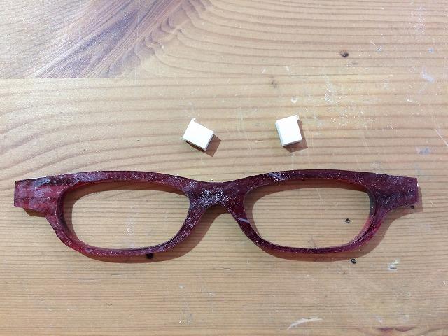 度が強くてもかけ心地がいいメガネが欲しい