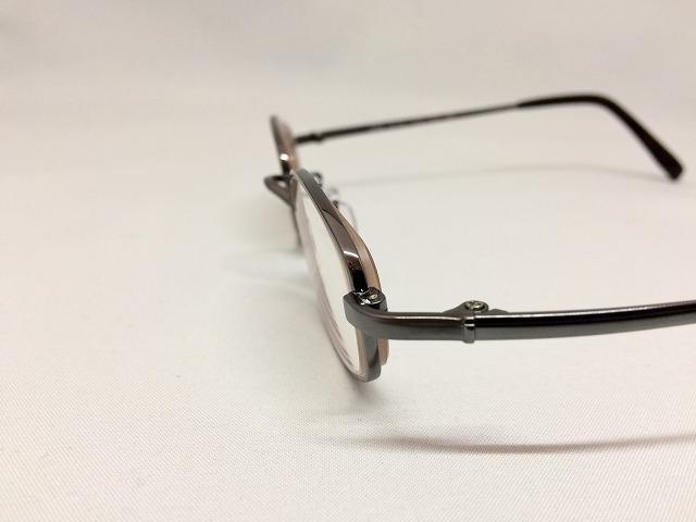度が強いけど自然で軽いメガネが欲しい