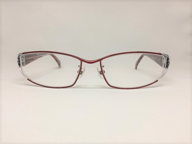 スタイリッシュな赤と銀のメンズメガネ