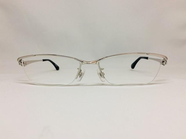 ちょい悪ファッションのオススメメガネ