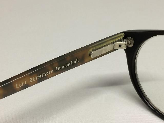 Buffalo Horn(バッファローホーン)のボストンシェイプブラウンカラーのメガネ