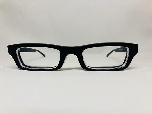 存在感のある ブラックマットオーダーメイドメガネ