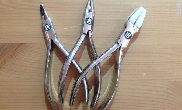 メガネフィッティング用工具:メガネのかけ心地のお悩み解決、こだわりフィッティング